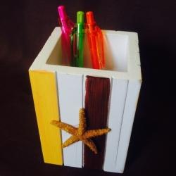 Medinė pieštukinė su jūrų žvaigžde